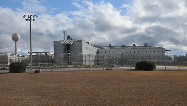 0121 Holman prison