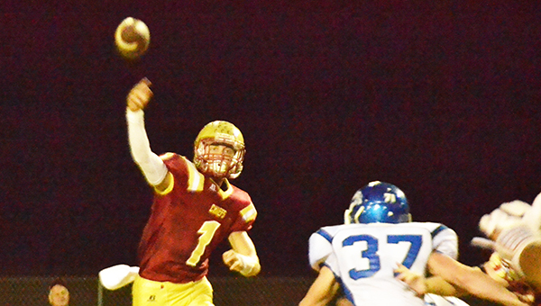 Northview's Luke Ward (1) throws the ball during tonight's win over Jay, Fla. | Andrew Garner/Atmore Advance